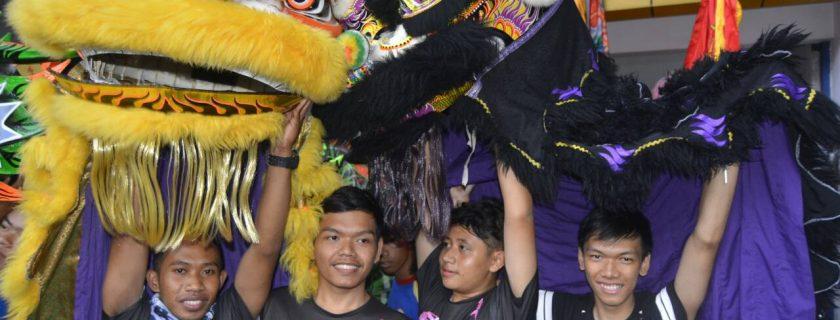 Mahasiswa UTama Ikuti Cap Go Meh di Bandung